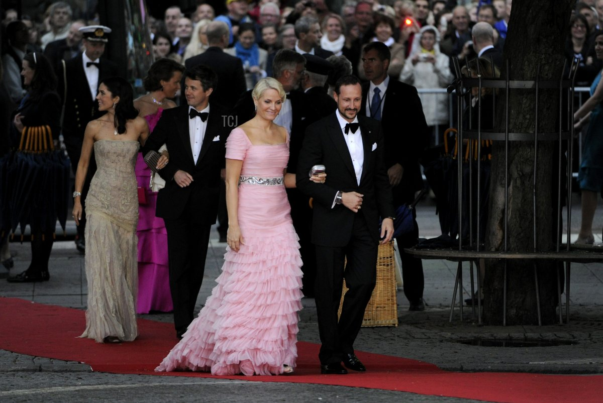 Crown Princess Mary (L), Crown Prince Frederik (2L), Crown Princess Mette-Marit (C) and Crown Prince Haakon (R) arrive at the Swedish parliament's concert at the Royal Concert Hall in Stockholm on June 18, 2010