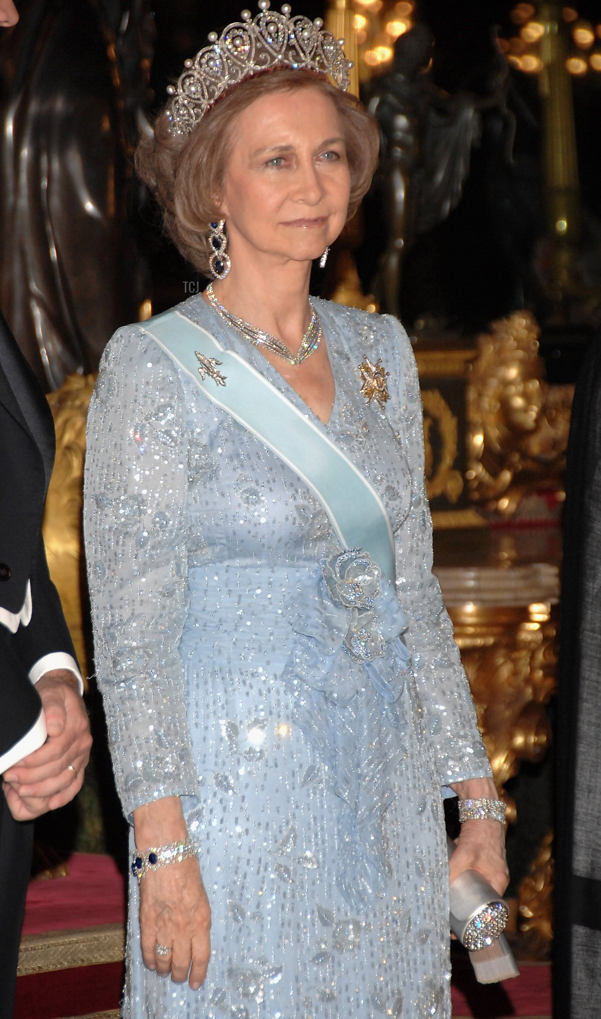 Queen Sofia of Spain receives Saudi King Abdullah Bin Abdul Aziz Al Saud for a Gala dinner on June 18, 2007 at Royal Palace in Madrid, Spain