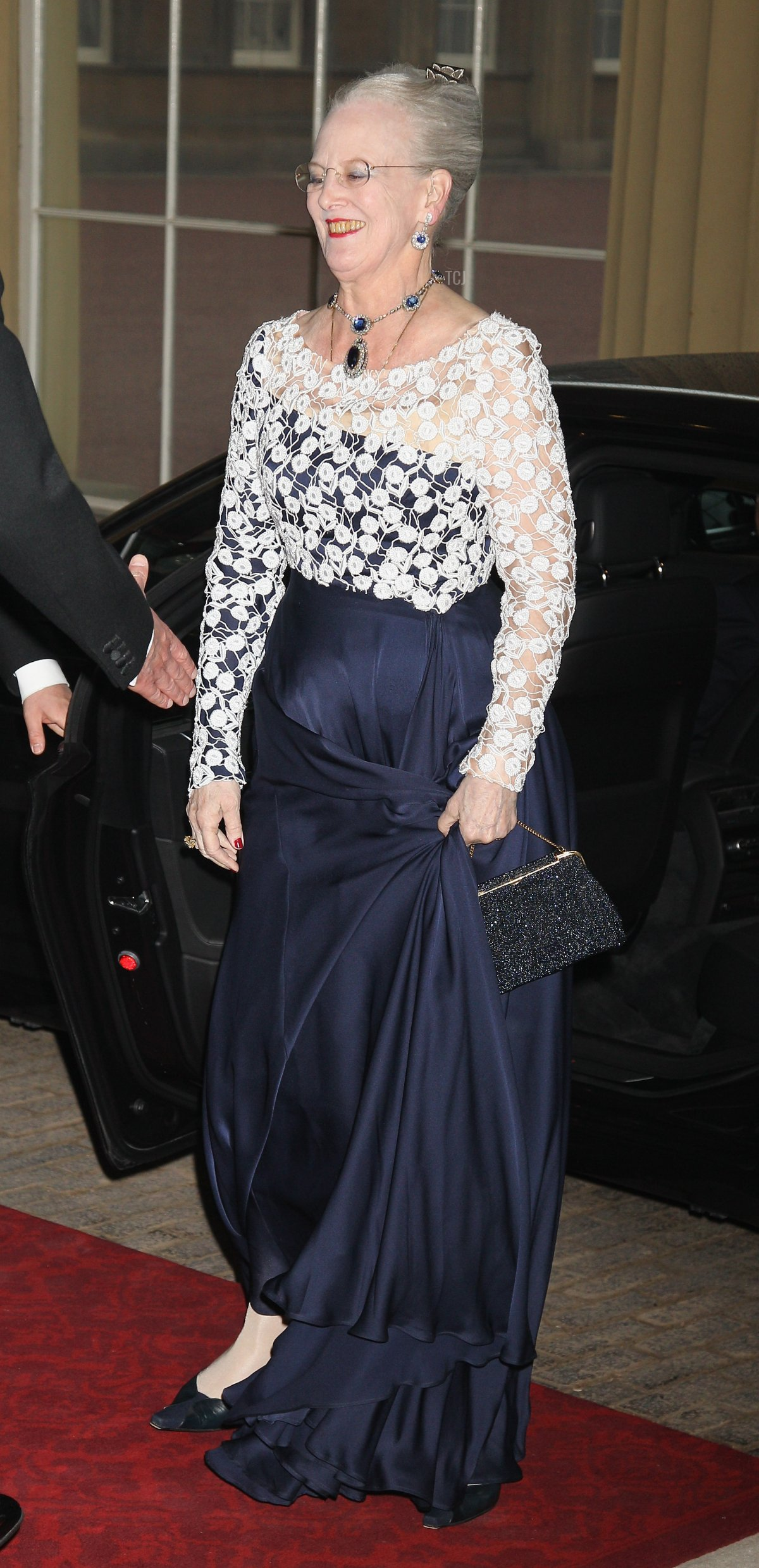 Queen Margarethe II of Denmark attends a dinner for foreign Sovereigns to commemorate the Diamond Jubilee at Buckingham Palace on May 18, 2012 in London, England