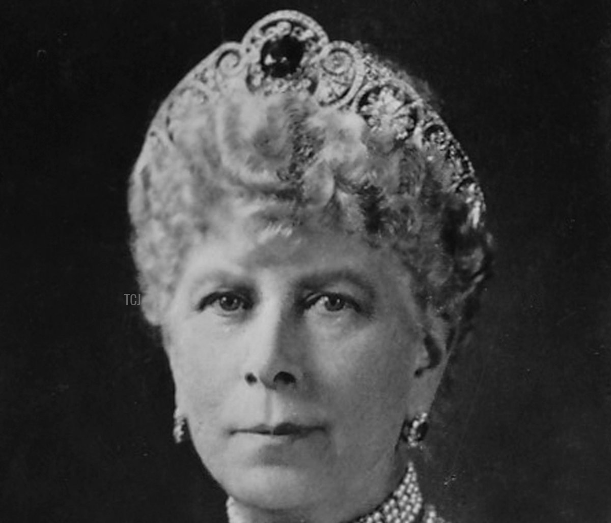 HM Queen Mary (1867-1953), 1937. Card No 3 of 48 from Coronation Souvenir cigarette cards produced for Tournament Cigarettes