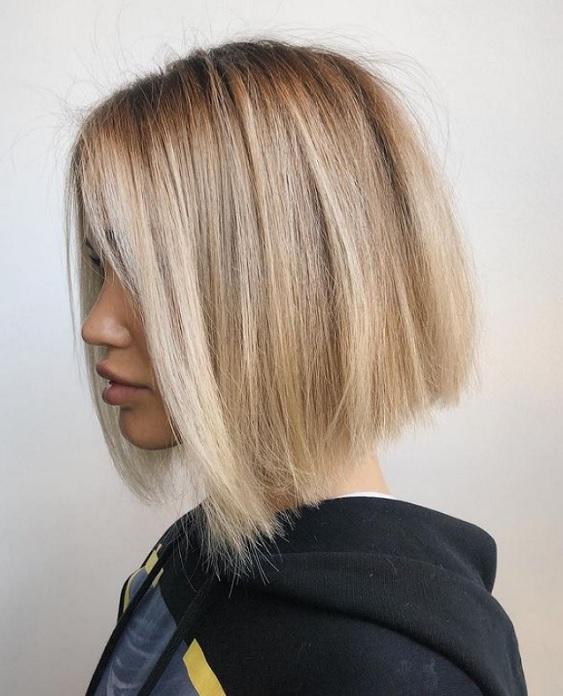 Μπαλαγιάζ σε κοντά μαλλιά
