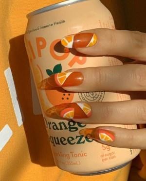 Το Πιο Καλοκαιρινό Mani: Νύχια Με Φρούτα