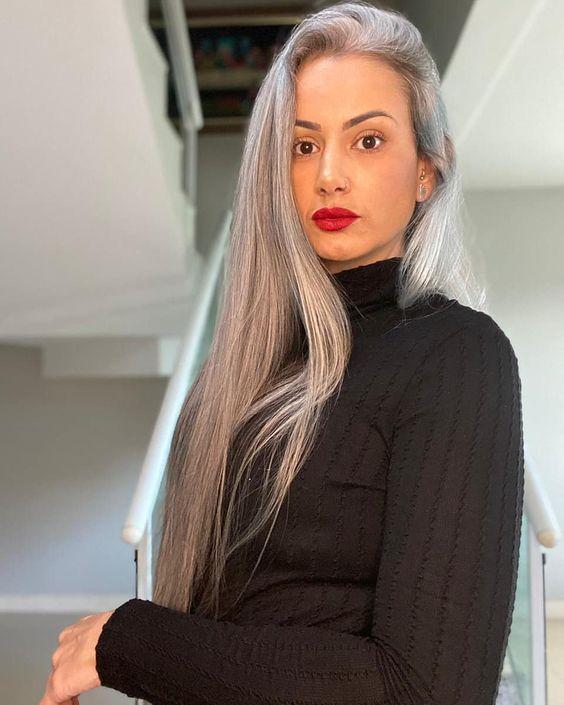 Λύσεις για ομαλή μετάβαση στα γκρίζα μαλλιά - The Cover