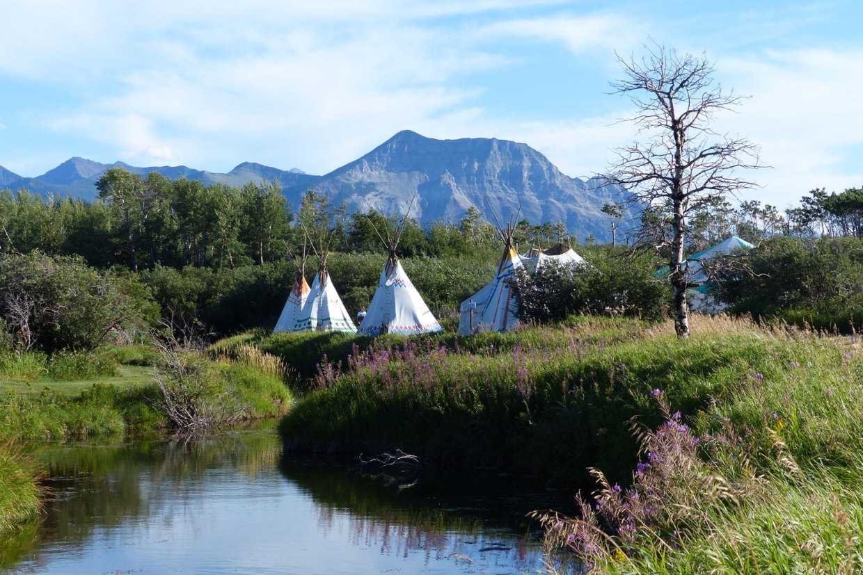 trail riders of the canadian rockies camping