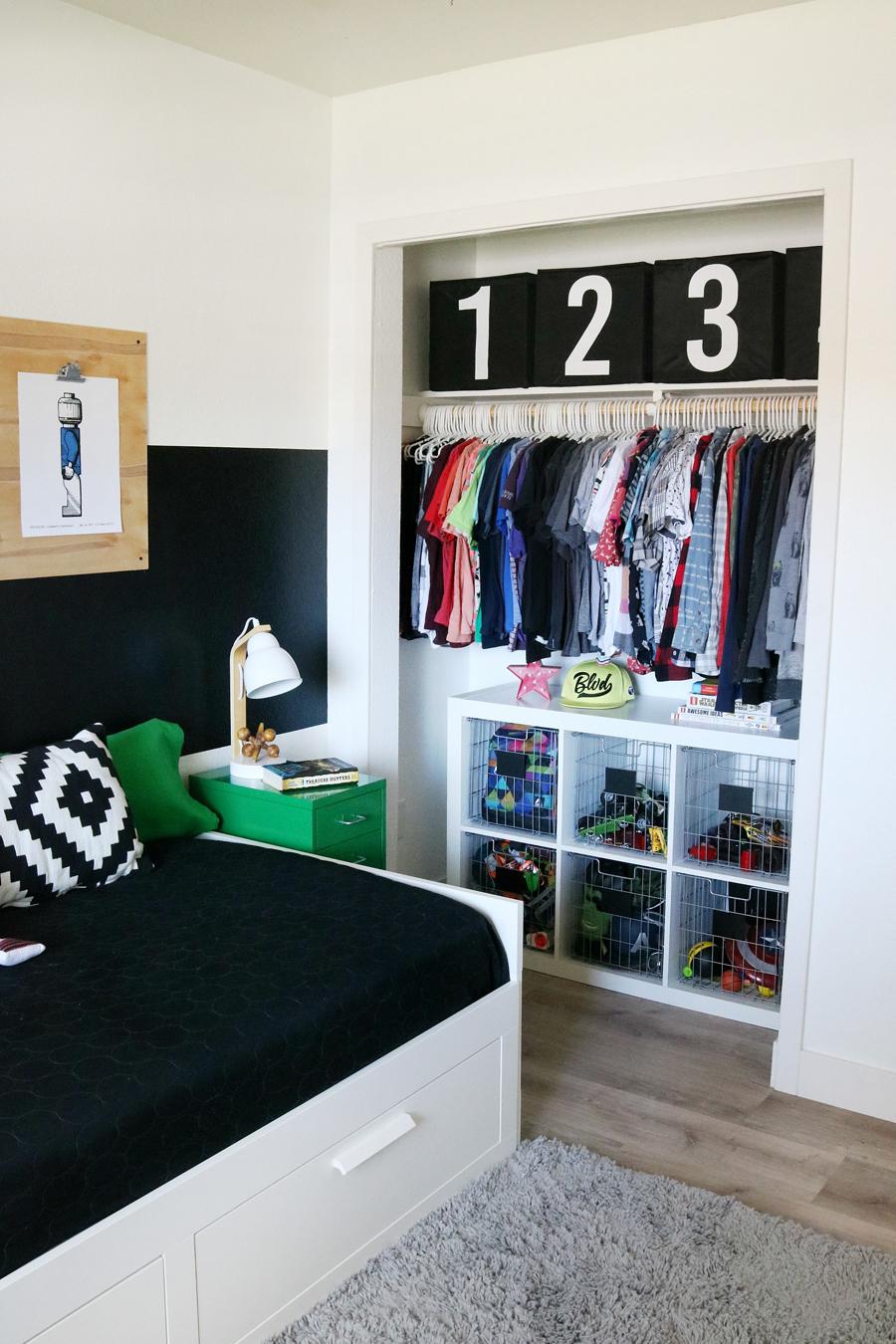 Boys Room Easy Closet Organization and Decor Ideas on Small Room Ideas For Guys  id=68186