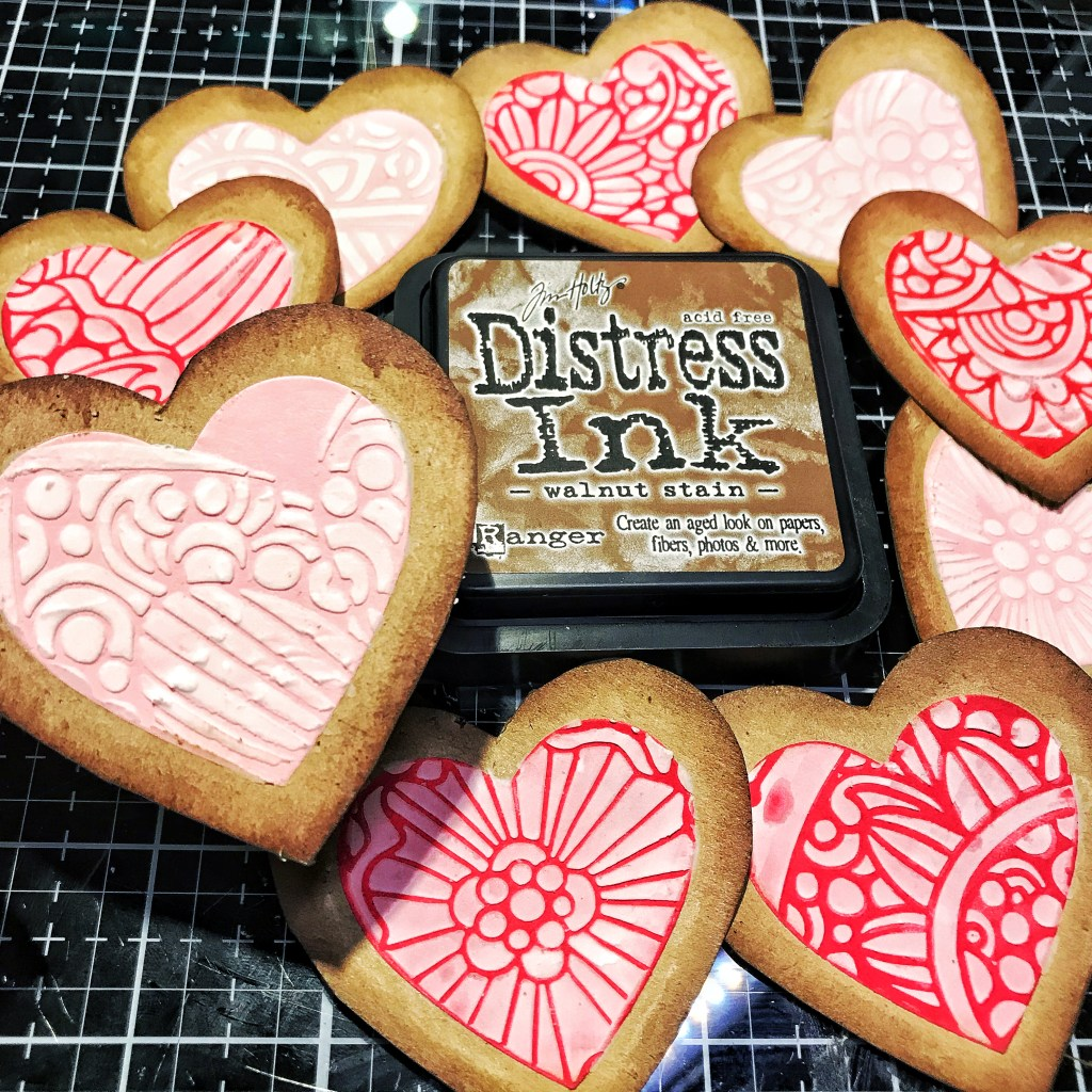 inked edges of the cookies with Distress Ink in Walnut Stain.