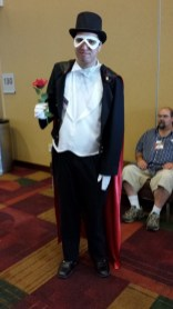 Tuxedo Kamen, to the rescue!