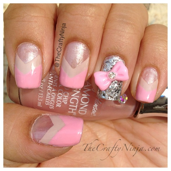chevron nails bow