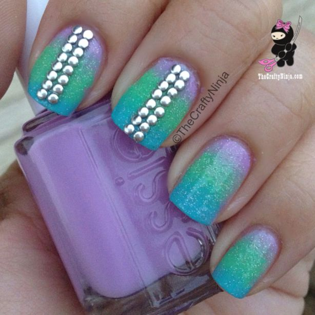 gradient-studed-nails