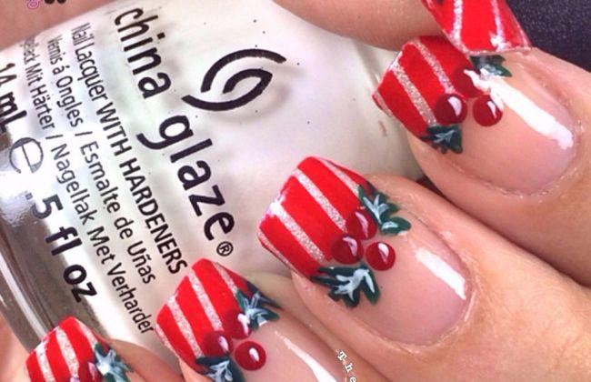 Christmas mistletoe holly nails the crafty ninja christmas mistletoe holly nails prinsesfo Choice Image