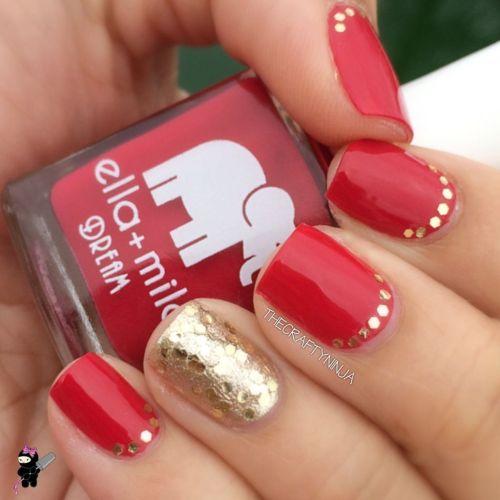 Glittery Ruffian Nails