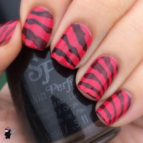 Winstonia Plate Zebra Nails