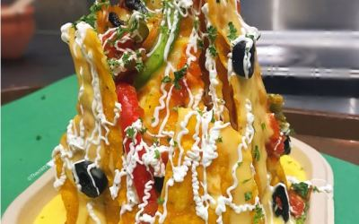 Get Fully Loaded Nachos, Pasta Pizza and more at Vedge Xprs, Mumbai.