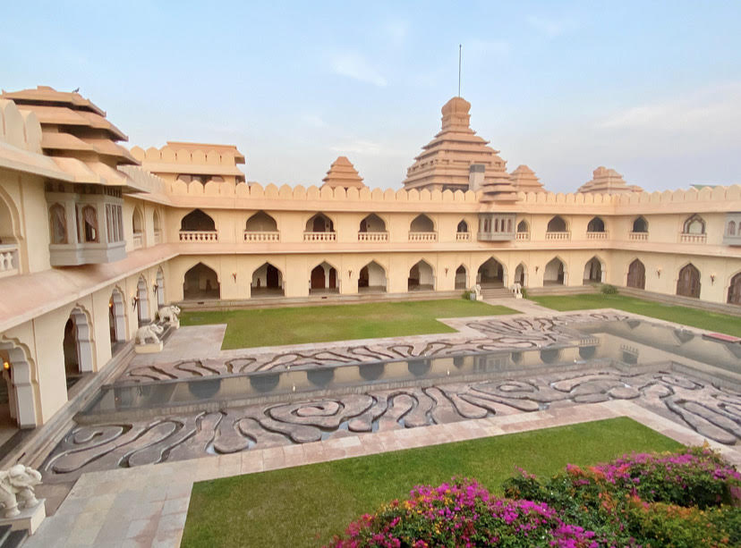 Evolve Back Kamalapura Palace, Hampi – A magical escape.