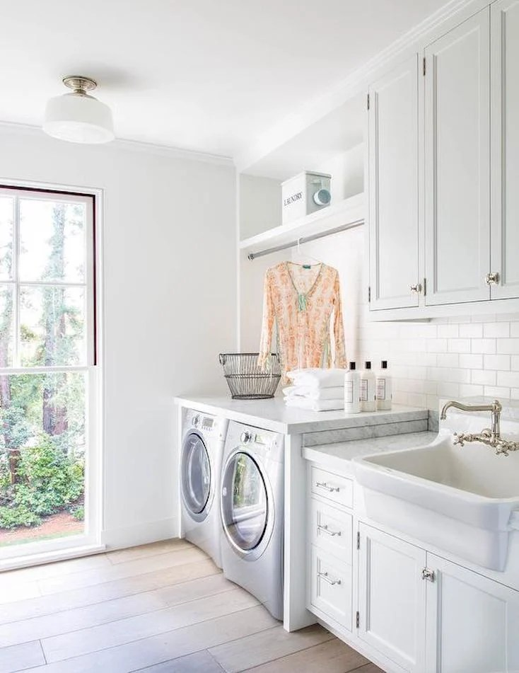 Creative and Inspiring Laundry Rooms on Laundry Cabinets Ideas  id=69794