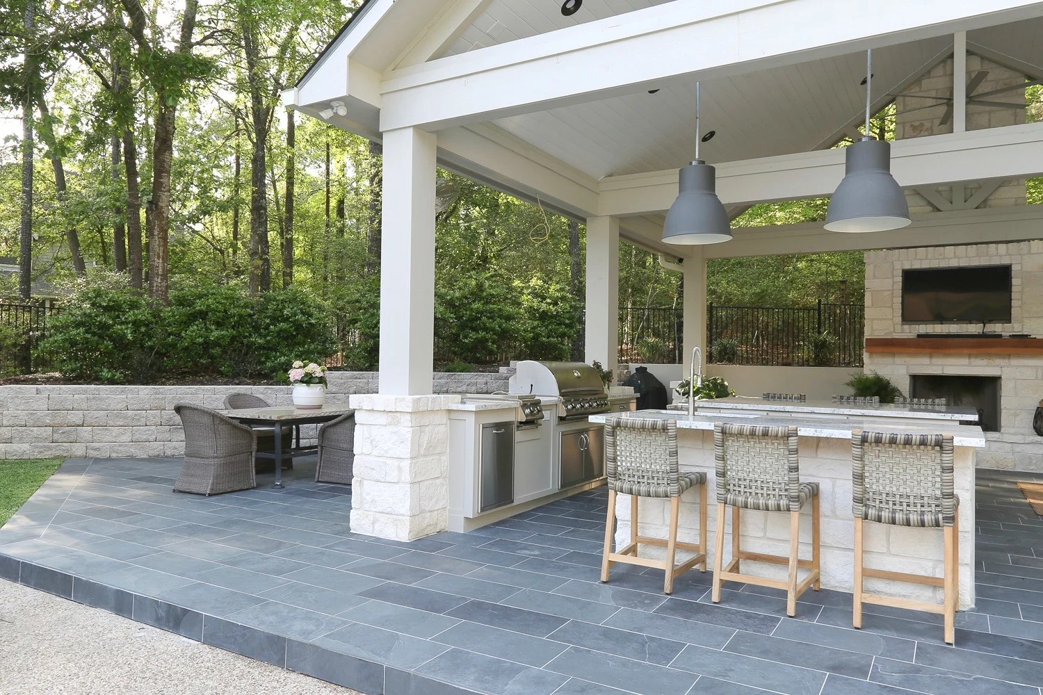 Planning an Outdoor Kitchen: Where to Start on Outdoor Kitchen By Pool id=57756