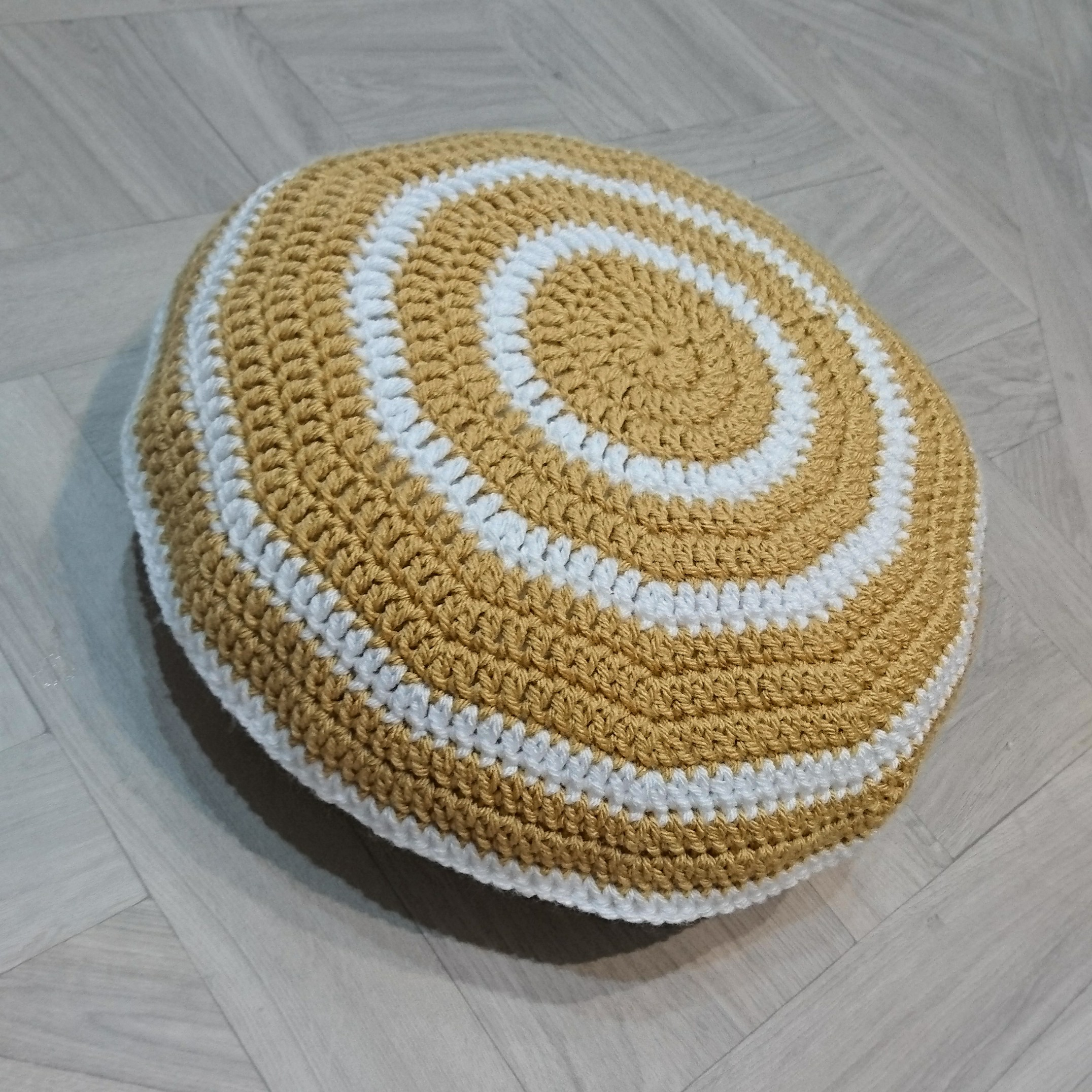 circular-ring-cushion-perfect-for-any-cozy-corner-designed-with-everyone-in-mind