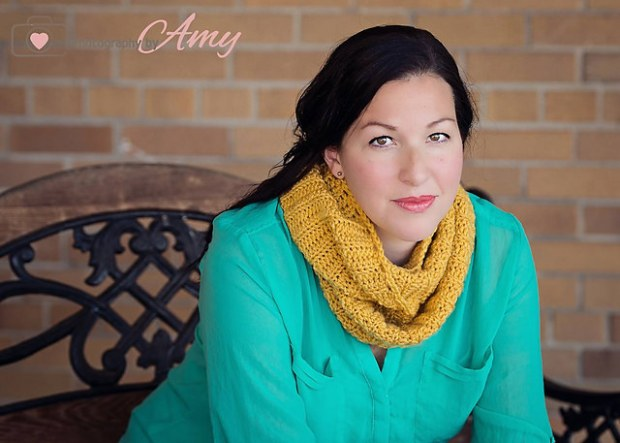 2 in 1 Cowl Scarf Pattern by Frayed knot