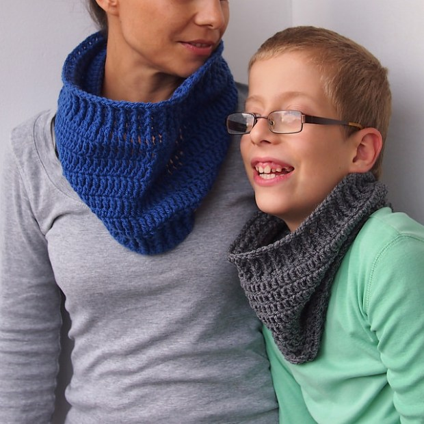 Basic Child Cowl by Accessorise
