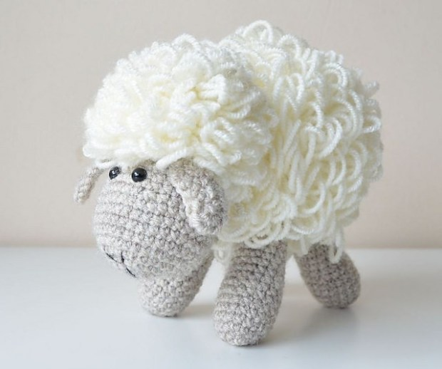 Dolly the Sheep by Lilla Bjorn Crochet