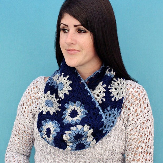 HexagonGranny Cowl by Gleeful Things