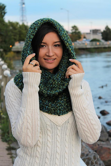 Un'bear'ably Cute Hooded Cowl by Sincerely Pam copy