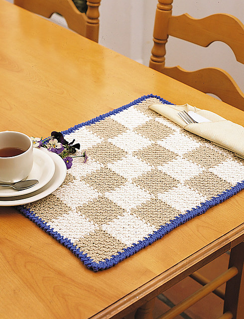 Checkerboard Placemats by Lily Sugar'n Cream and Bernat Design Studio