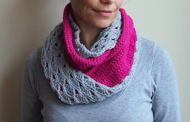 Double face infinity scarf by Accessorise