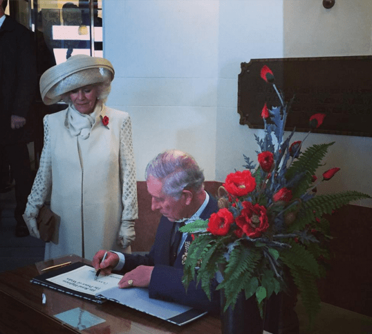 The couple sign the visitors book via Governor General New Zealand
