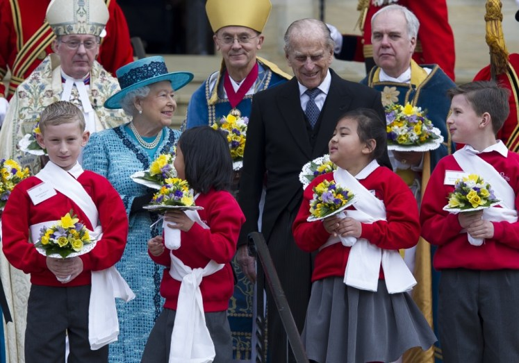 The Queen handed out Maundy Money at Windsor today. I-images