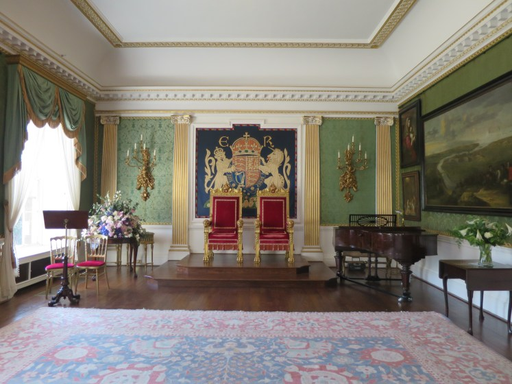 The Throne Room hold Edward VIII's Coat of Arms, not Elizabeth II's (© Victoria Howard)