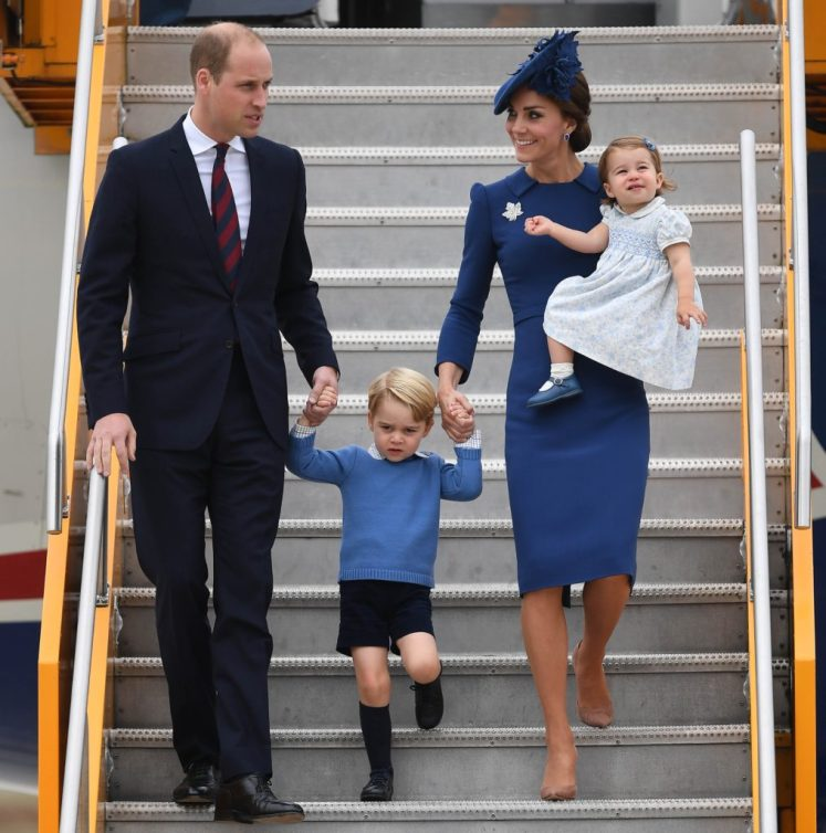 The Duke and Duchess of Cambridge arrive at Victoria airport , Canada, with their children Prince George and Princess Charlotte, for the start of their 8 day tour of Canada. Picture by Andrew Parsons / i-Images