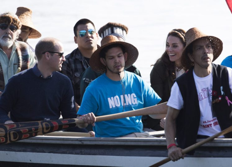 William and Kate help paddle in traditional war canoe on the island of Haida Gwaii in British Columbia during #RoyalVisitCanada. Picture by Stephen Lock / i-Images