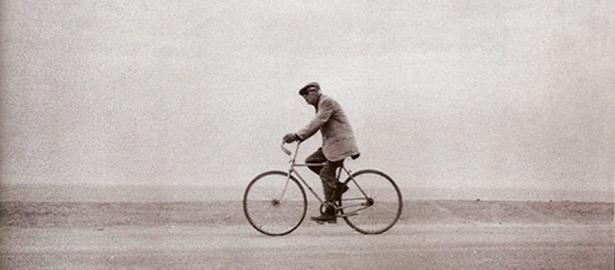 Henry Miller en bicicleta