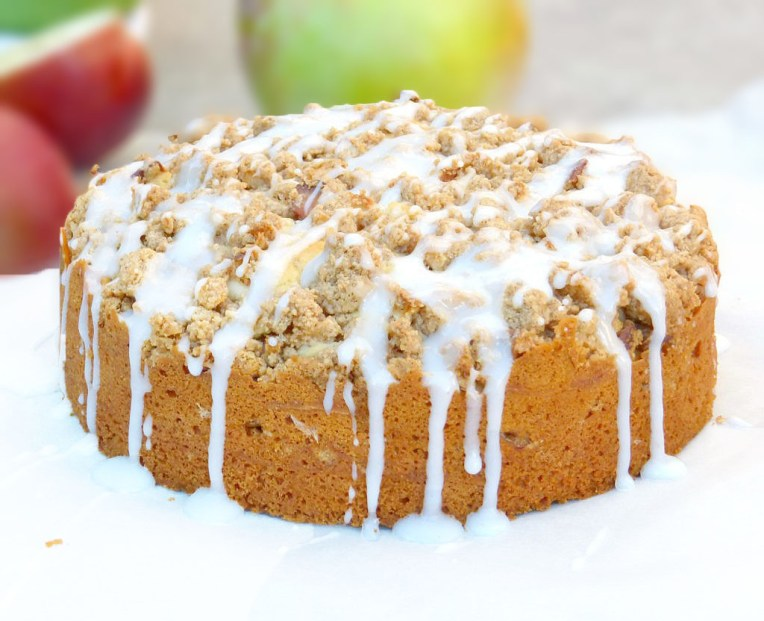 Cinnamon Apple Streusel Cake with a Greek Yoghurt Drizzle (Gluten Free)