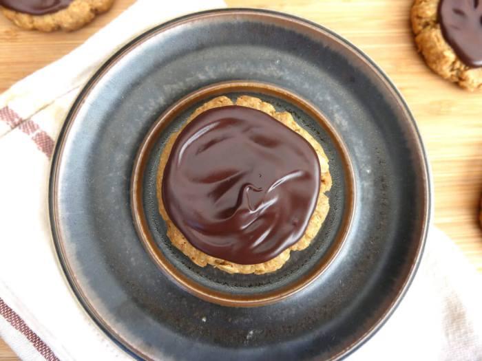 Copycat Dark Chocolate Hobnob Biscuits (Oat Cookies)