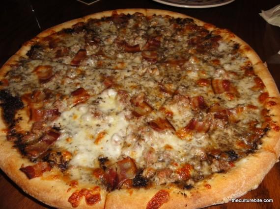 Pi Bar Mushroom Sausage Bacon Pizza