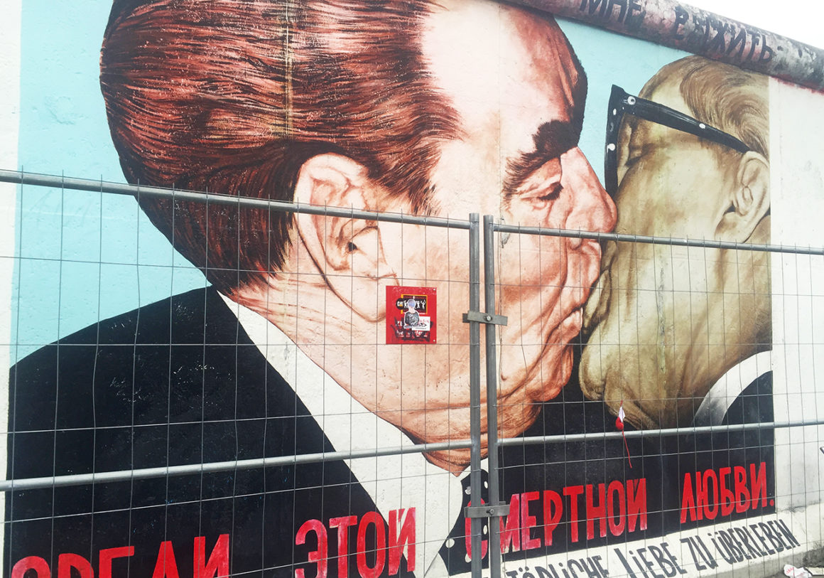 Visit the East Side Gallery in Berlin - Travel itinerary