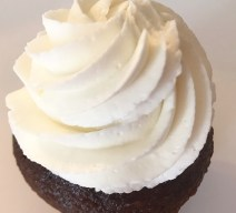 Order Tuxedo vanilla on chocolate cupcake online for delivery! We're located in Fairfax, Virginia and deliver our cupcakes, balloons in Northern VA and the DC area: Aldie, Annandale, Arlington, Alexandria, Ashburn, Bristow, Burke, Chantilly, Clifton, Centreville, Fairfax, Fairfax Station, Falls Church, Gainesville, Great Falls, Haymarket, Herndon, Manassas, Mclean, Oakton, Reston, Springfield, Sterling, South Riding, Tysons, Vienna and Washington DC