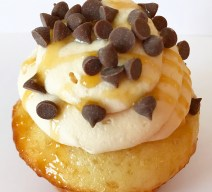 Order Salted Caramel Chocolate Chip Cupcakes! We're located in Fairfax, Virginia and deliver our cupcakes, balloons in Northern VA and the DC area: Aldie, Annandale, Arlington, Alexandria, Ashburn, Bristow, Burke, Chantilly, Clifton, Centreville, Fairfax, Fairfax Station, Falls Church, Gainesville, Great Falls, Haymarket, Herndon, Manassas, Mclean, Oakton, Reston, Springfield, Sterling, South Riding, Tysons, Vienna and Washington DC