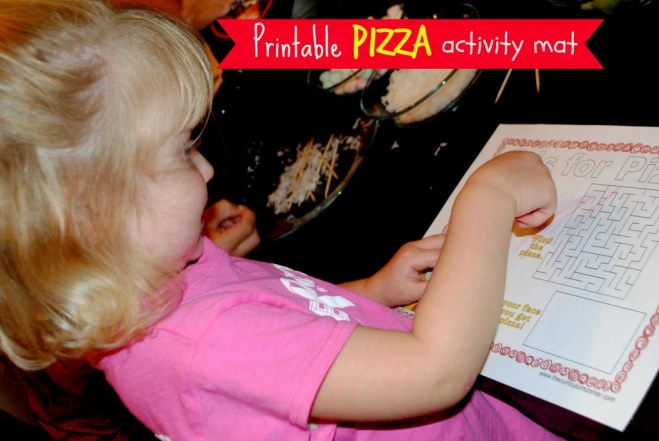 FREE printable pizza activity mat by www.thecurriculumcorner.com #FoodMadeSimple #cbias