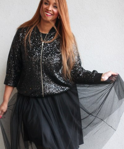 HOLIDAY SEQUIN BOMBER 21