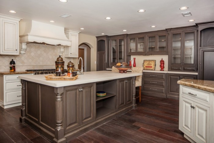 Wonderful Two Tone Kitchen Cabinets Pictures Options