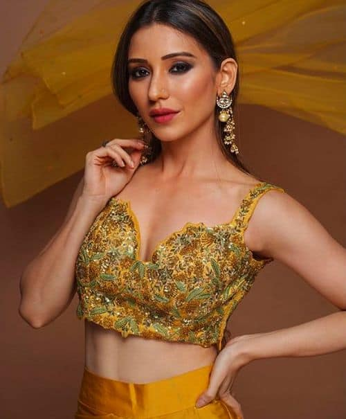 Heli Daruwala Date Of Birth