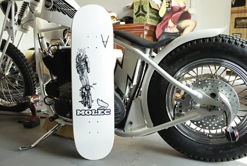 Antiz Moto Skateboard