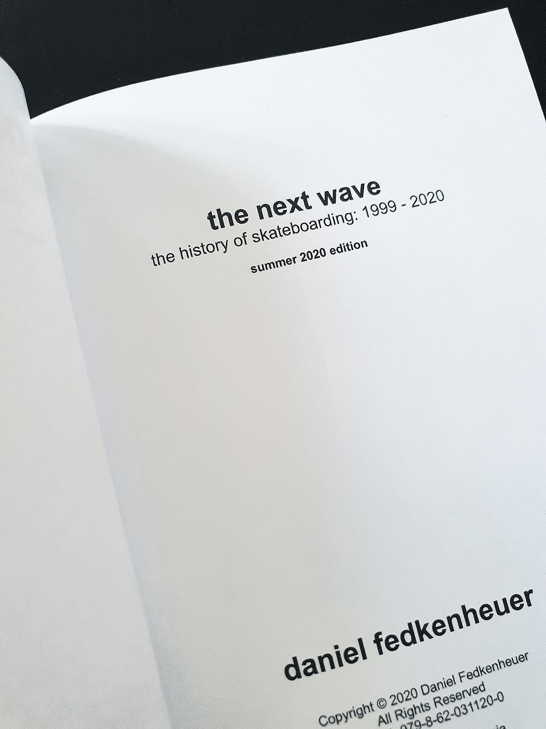 The Next Wave Book Par Daniel Fedkenheuer HD 1