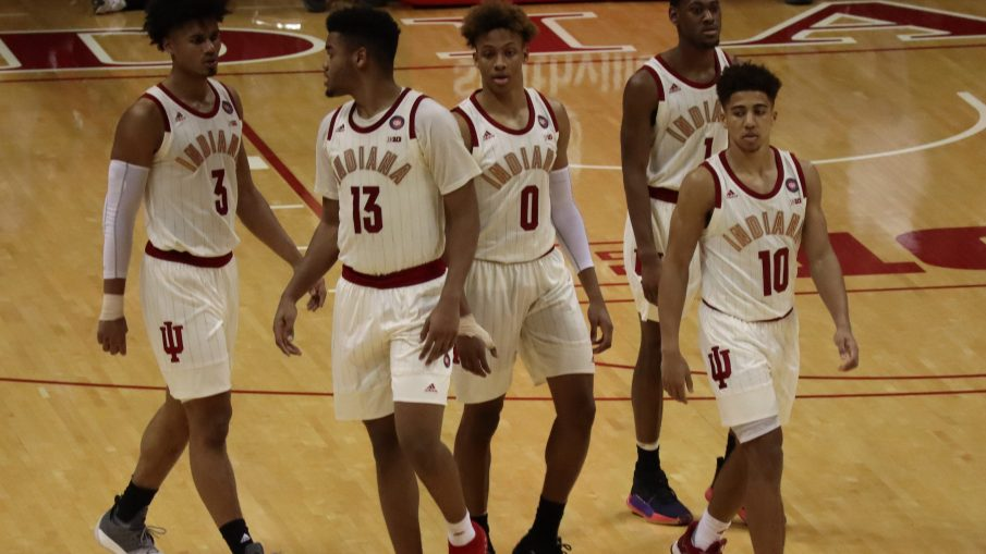 Indiana Basketball: The Hoosiers Head to Chicago Healthy