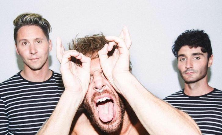 "[Song Of The Day] Smallpools - ""Run With The Bulls"""