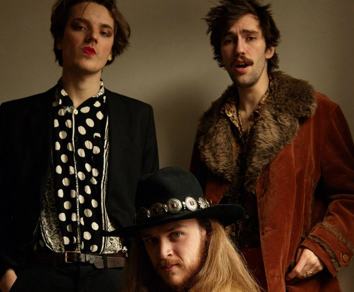 "[LISTEN] Caper Parade - ""Feel Like Aladdin"""