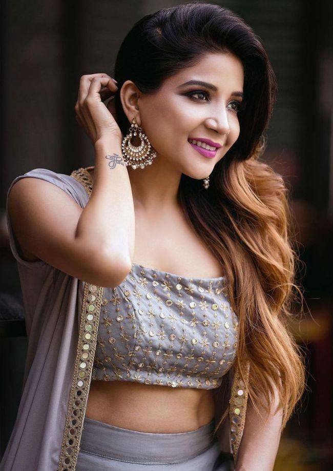 Sakshi-Agarwal Tamil-Actress